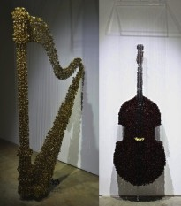 suspended-sewing-button-sculptures-by-augusto-esquivel-14-600x683