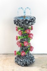 suspended-sewing-button-sculptures-by-augusto-esquivel-8-600x900